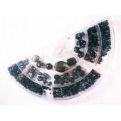 Box mit schwarzem Perlenmix aus Glas und Keramikperlen - Schmuckzubehör Set