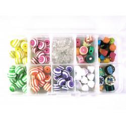 Box aus buntem Perlenmix aus Acryl und Polymer Clay - Schmuckzubehör Set