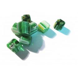 8x Grüne Millefiori Perlen Würfel diagonal 7mm