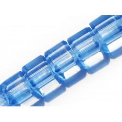 8x Hellblaue Kristallglas Würfel 6x6mm Perlen mit geschliffener Kante - Glasschmuck Schmuckzubehör
