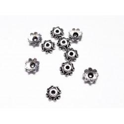 10x flache silber Perlenkappen ca. 7x7x2mm silberfarbene filigrane Perlen Kappen - Schmuckzubehör Perlenkappe