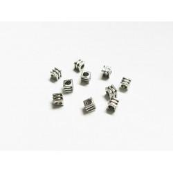 10x silber Quadrat Metallperlen 3x3mm Würfel Perlen Spacer - Schmuckzubehör Metallperle