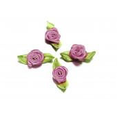 10x flieder Satinrose mit grünen Blättern 25x15mm zum Bekleben Scrapbooking - Bastelbedarf Schmuckzubehör