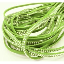 1m hellgrünes Kunstlederband 5mm mit Nieten hellgrünes Schmuckband in Wildlederoptik für Armbänder - Schmuckzubehör Lederband