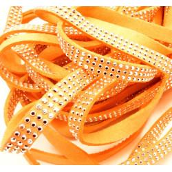 1m hellorange Kunstlederband 8mm mit silber Nieten orange Schmuckband in Wildlederoptik für Armbänder - Schmuckzubehör Lederband