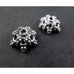 2x große Perlenkappen ca. 13x13x5mm silberfarbene filigrane Perlen Kappen - Schmuckzubehör