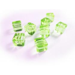8x hellgrüne Kristallglas Würfel Perlen mit geschliffener Kante 10x10mm - Glasschmuck Schmuckzubehör